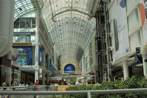 Eaton Centre - Wikipedia