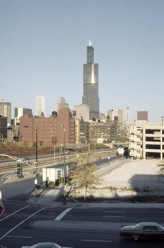 Sears Tower from the Near West side | Creator: Skidmore